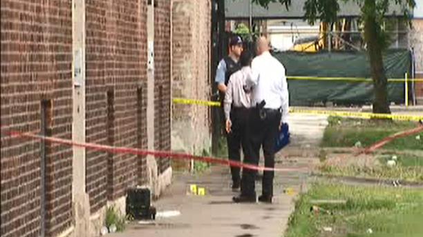 美国芝加哥一天内发生多起枪击案 44人中枪5人死
