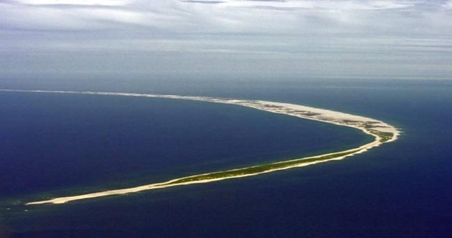 地球怪事:能移动的小岛,众多船只在此沉没,丧生超过5000人