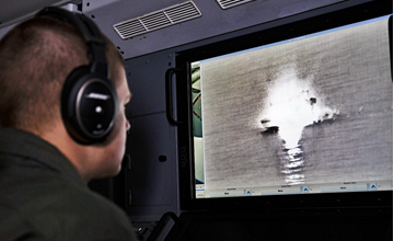 """美军展示最强巡逻机核心性能 曾被中国强势驱离"""" width="""