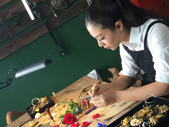 珠宝设计师钟华用当代的自然语言 唤醒文化与情感的传承