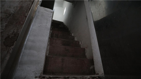"""解救""""被困住的家"""" 建筑师孟岩挑战史上最高密度环境改造"""