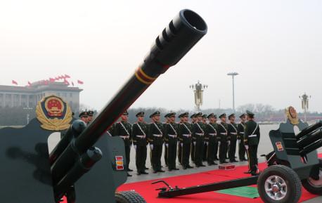 身高至少1.78米,声音动作整齐合一,中国礼炮兵到底有多牛?
