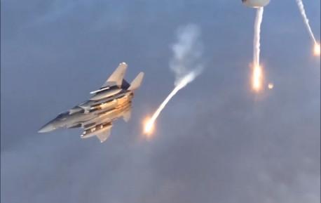 我国歼16成为了新一代网红战机,有着高效能的作战协力!