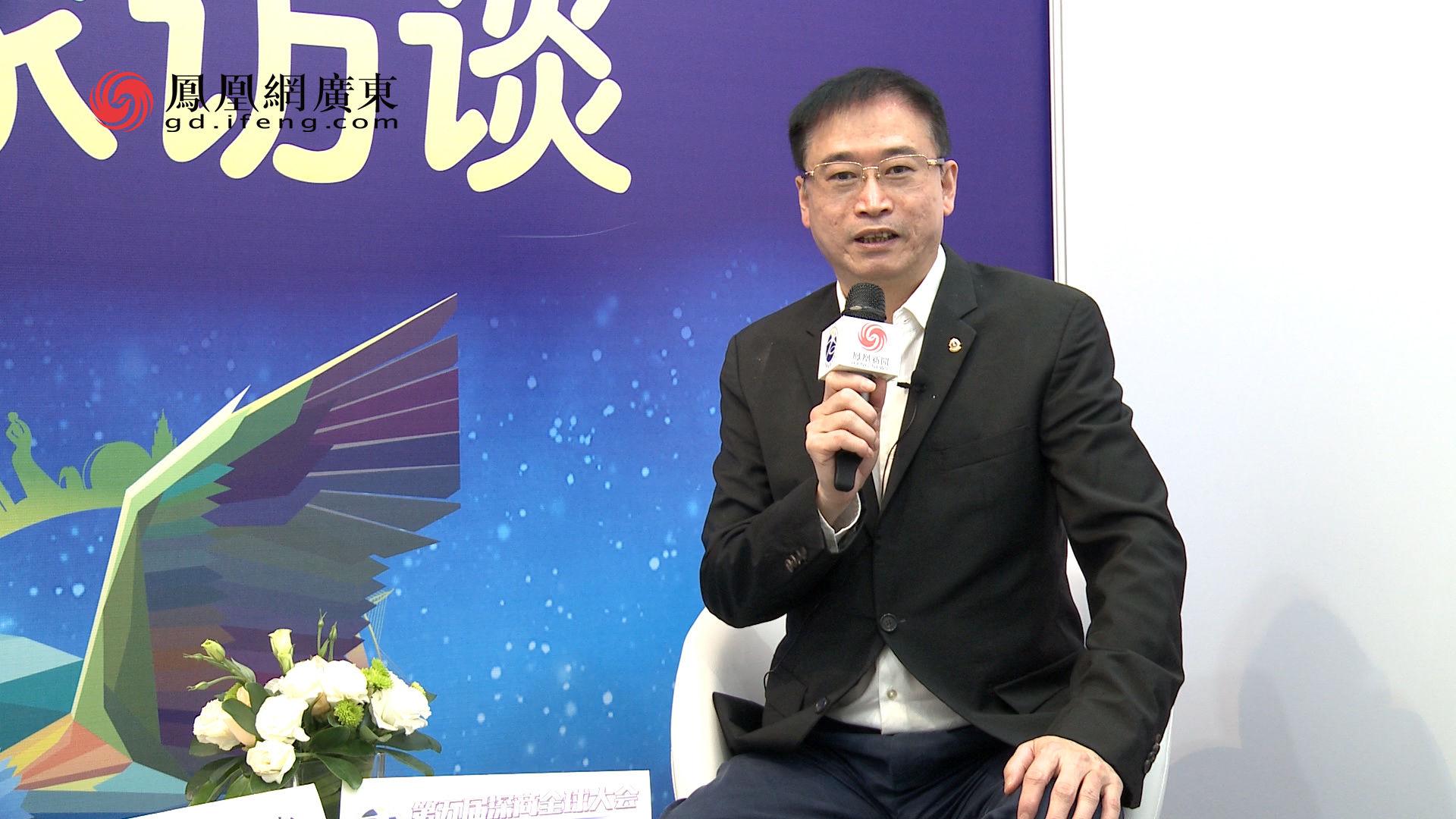 凰家访谈|博士眼镜刘晓:深商40年 最可贵的品质是实干