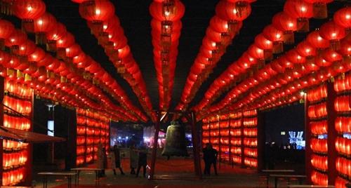 绿博园:元宵节赏民俗 花灯展春意闹