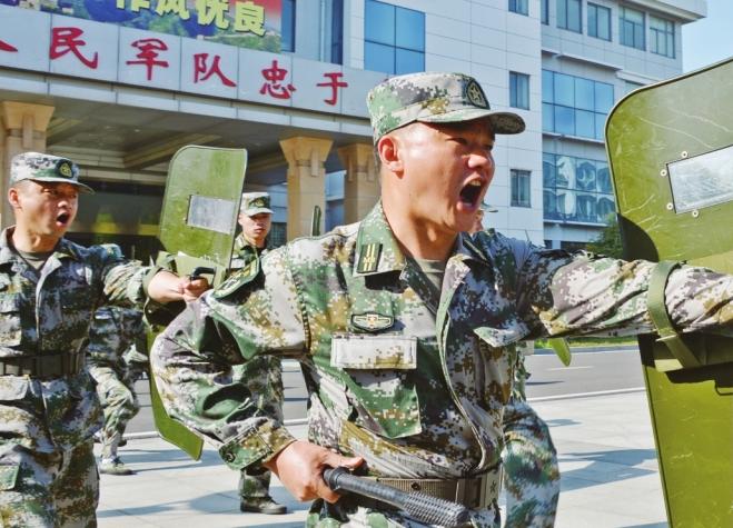 安徽天长:民兵组训保平安