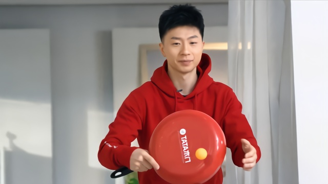 用乒乓球打破鸡蛋,看世界冠军马龙怎么吃早餐