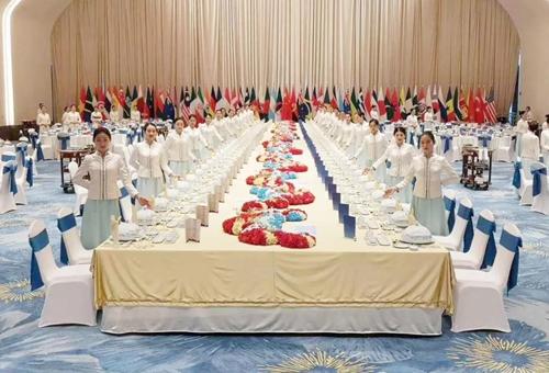 """""""海军70周年欢迎晚宴"""" ,吃过一次,回味一生"""
