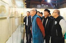 汉中市博物馆举办陕西望贤五人扇面书法展引关注