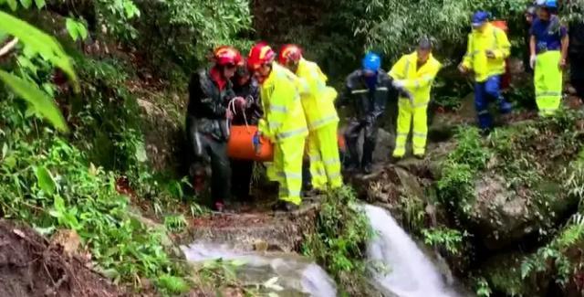 6名登山者被雷击中致四川绵阳电信号码选号1死 救援队:死者手机随身