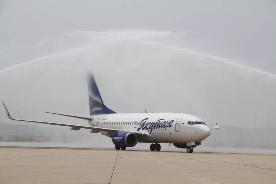 哈巴至威海包机抵威,威海市今年已开通两条俄罗斯入境游包机航线!