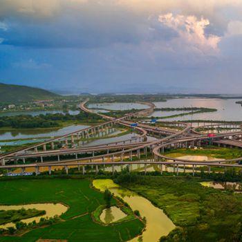 安徽铜陵:织就四通八达城市交通网