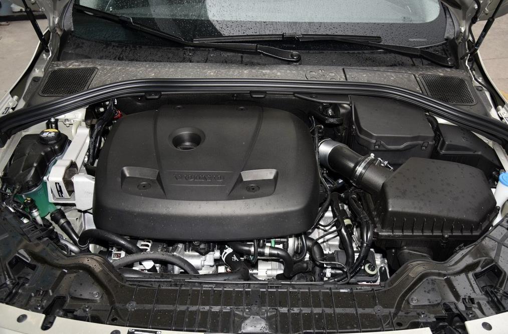 新款沃尔沃S60L最新报价及图片 T3 智进版降价12万
