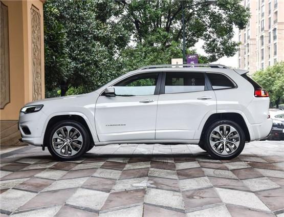 jeep自由光最新报价 店庆特价售