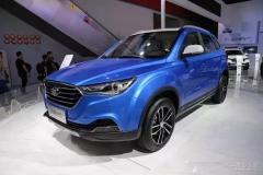 实拍全新小型SUV奔腾X40 个性大不同