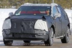 凯迪拉克新中型SUV定名XT4 或18年亮相