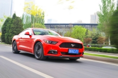 福特Mustang:向往自由的公路情缘