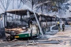 北京电动大巴着火损失近亿元谁买单?