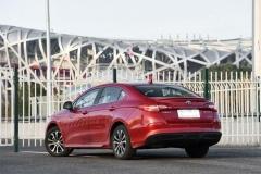 1.5T国产轿跑来了 预售6万开卖