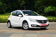 宝骏310 1.5L车型正式上市 售价4.58万元起