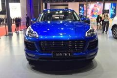 众泰SR9极致之巅版正式上市 售16.88万元