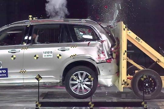 被追尾,7座车第三排死亡概率50%?