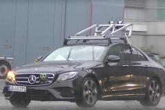 奔驰E自动驾驶车测试谍照 2020年发布