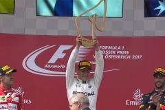 F1奥地利站正赛:博塔斯夺冠 维特尔领先汉密尔顿20分