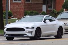 福特新款Mustang谍照曝光 2018年初上市