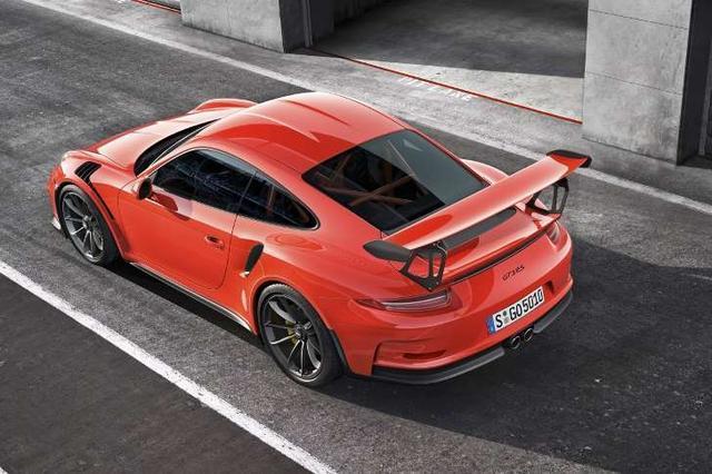 911 GT3 RS再刷纽北单圈新纪录