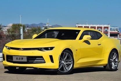很黄很暴力,45万买这车,让妹纸尖叫