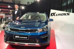 起亚KX CROSS上市 售7.49-8.59万元