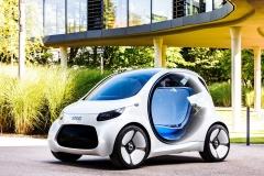 smart全新概念车亮相 配备自动驾驶技术