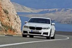 车长超5米,轴距超3米,搭载2.0T/3.0T+8AT,百公里加速低至5.3秒