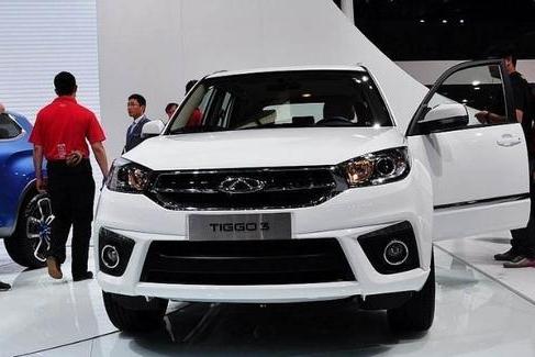 国内首个跨界SUV,颜值完爆缤智,油耗仅4毛,售价5.59万起