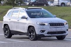 新款Jeep自由光谍照 或2018初发布