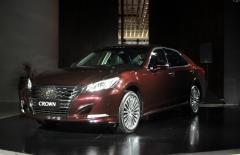 一汽丰田新款皇冠上市 售26.48万起
