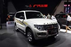 3.0L+V6动力, 也仅33万起售, 还是进口车, 你还选普拉多吗?