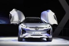 设计感超蔚来 续航不输特斯拉 新品牌电动车