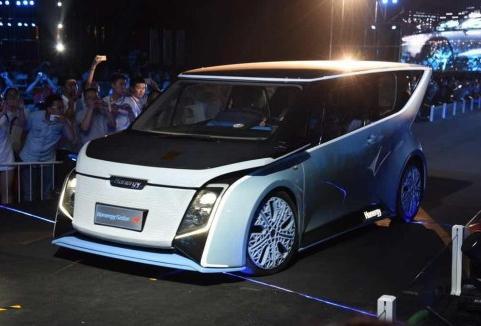 太阳能充电汽车理想很丰满 现实很骨感