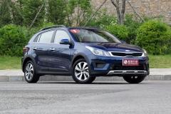 2017中国汽车年度盛典年度小型车:东风悦达起亚KX CROSS