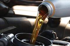 5000公里就必须换机油?谎言还有哪些?
