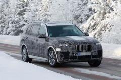 GLS小心了!宝马 X7雪地测试伪装车流出,瞄准大型豪华SUV市场!