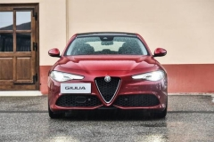 这台30多万的意大利进口运动轿车能否干掉宝马3系?