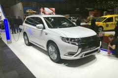 2018日内瓦车展:三菱新款欧蓝德/欧蓝德PHEV发布
