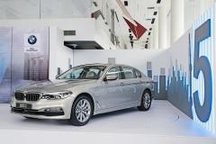 高翔:全新BMW 5系插混是华晨宝马产品驱动的最大诚意