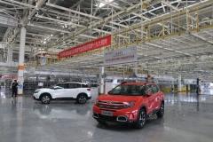 天逸获得度C-NCAP五星安全评价 成都工厂探秘