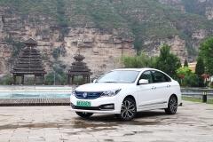 北京新能源车市场也来分一杯羹 试驾东风风神E70