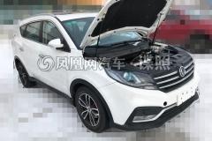 新款东风风光580实车首曝 排挡造型抢眼