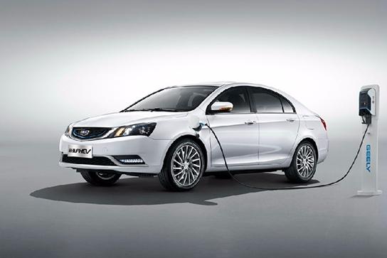 吉利帝豪PHEV进入上海新能源汽车目录 将挑战比亚迪和荣威